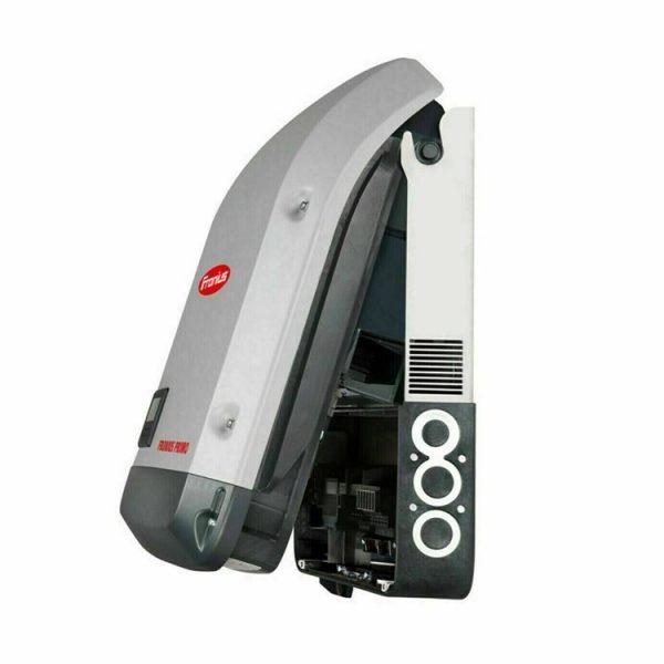 3.0kW Fronius Primo Solar Inverter Opened